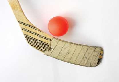 Palet hockey et balle