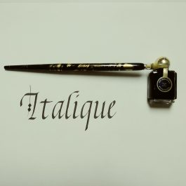 Calligraphie italique-min